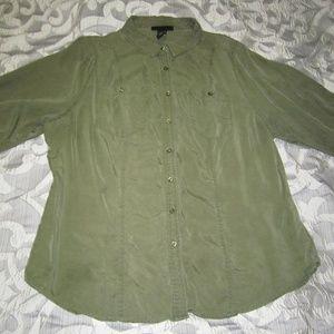 Long sleeve light weight button down shirt